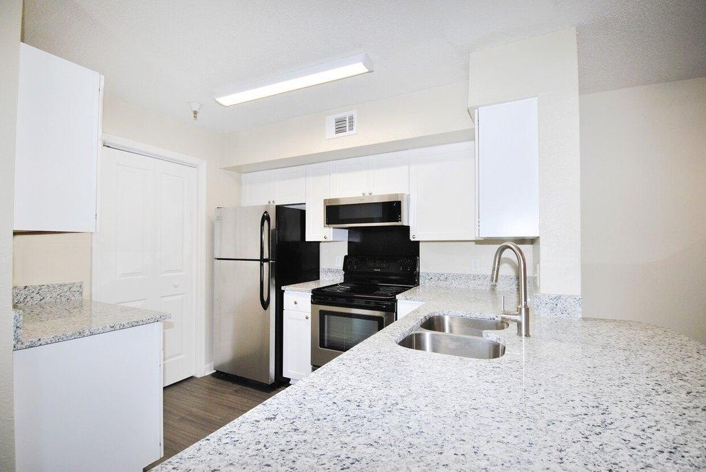 3400 Cox Rd, Richmond, VA 23233