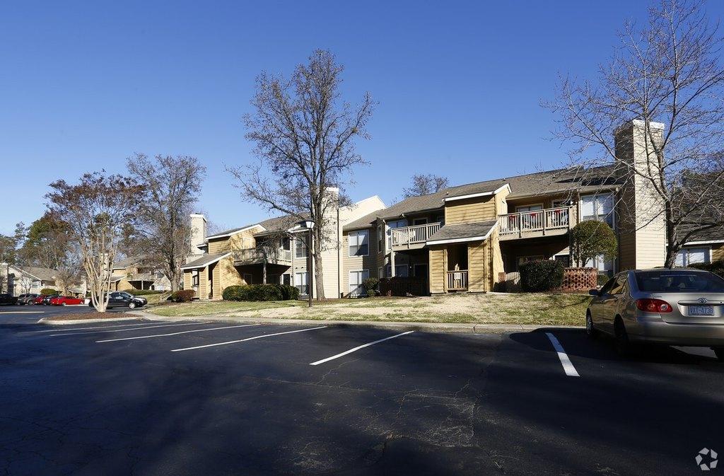 2701 Homestead Rd, Chapel Hill, NC 27516