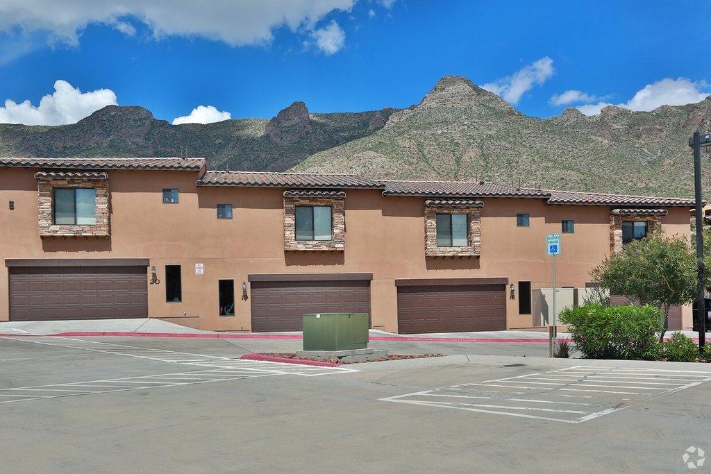 5501 N Stanton St, El Paso, TX 79912
