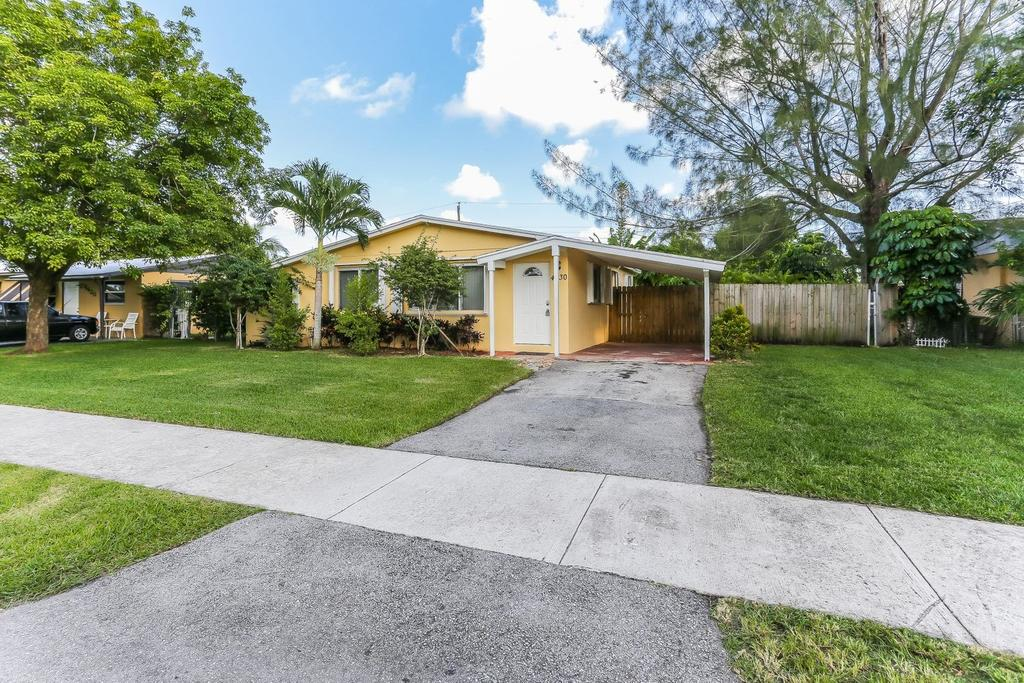 4430 NW 59th Ct, North Lauderdale, FL 33319
