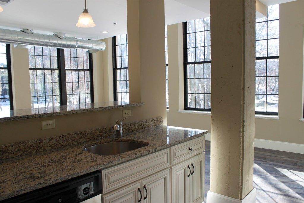 Us Rubber Lofts 12 Eagle St Apartment For Rent Doorstepscom