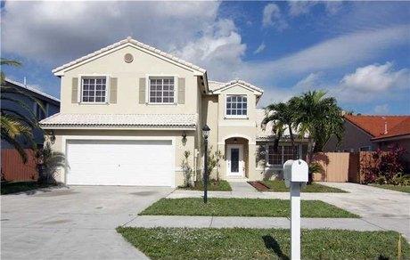 15833 Sw 84th St # 1 Miami, FL 33193