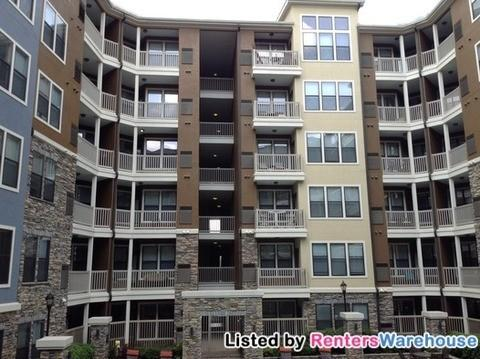 40 Peachtree Valley Rd NE Apt 2515, Atlanta, GA 30309