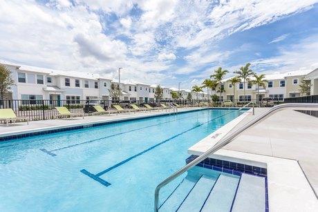 13770 Sw 143rd St Miami, FL 33186