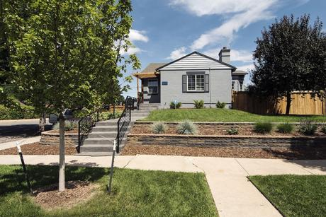 2290 Jasmine St, Denver, CO 80207