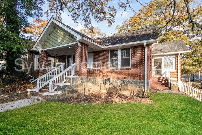 1025 Katherwood Dr SW, Atlanta, GA 30310