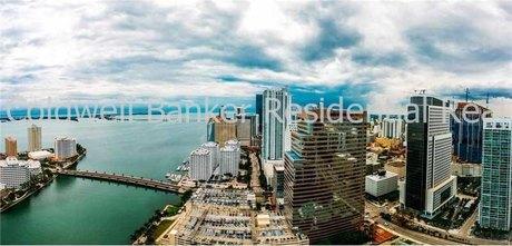 495 Brickell Ave Apt 4307, Miami, FL 33131