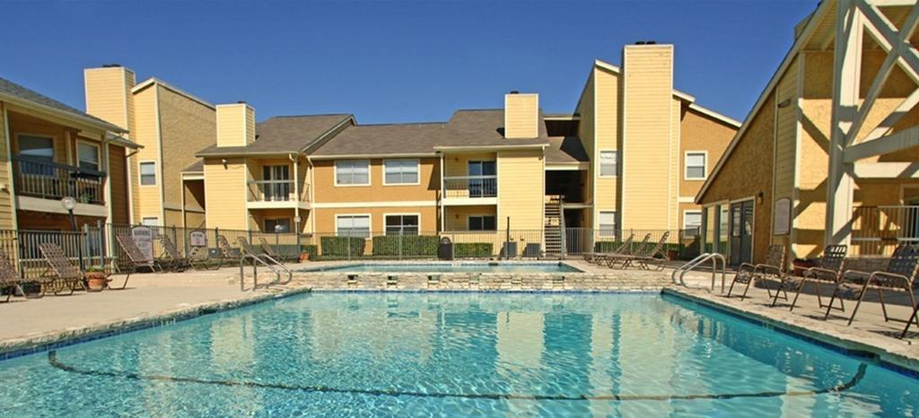 10000 N Lamar Blvd, Austin, TX 78753