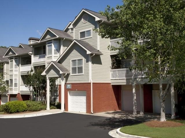 1500 Huntcliff Village Ct, Sandy Springs, GA 30350