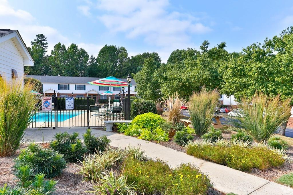 Abbey Court Apartments | 199 Belmont-Mt Holly Rd Ste 15 ...