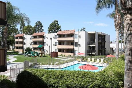 Pet-Friendly Apartments & Houses for Rent in Pico Rivera, CA