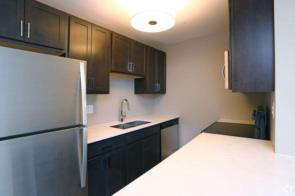 Eagle Creek Apartments 1128 S Williams St Apartment For Rent