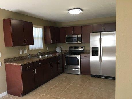 2216 Gordon St Unit B Tampa, FL 33605