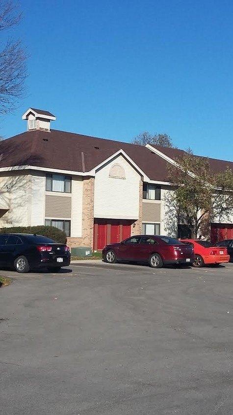 8396-8450 S Chicago Rd, Oak Creek, WI 53154