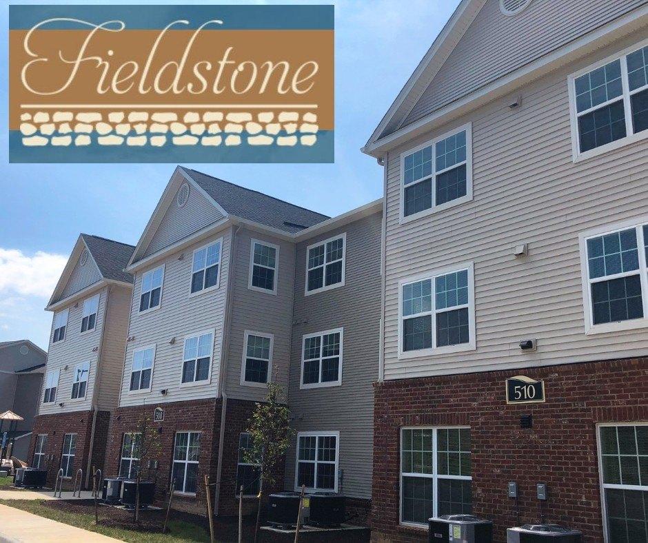300 Fieldstone Ln, Blacksburg, VA 24060
