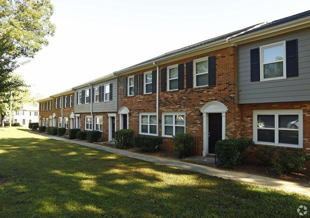 200 Seven Oaks Rd, Durham, NC 27704