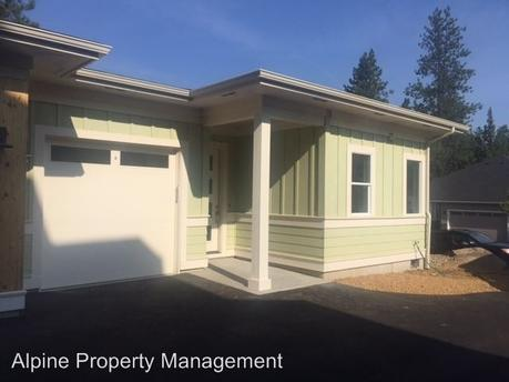 2945 NW Chardonnay Ln, Bend, OR 97703