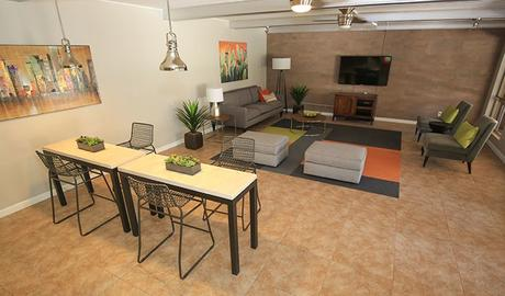 Arcadia Villa Apartments | 3915 E Camelback Rd | Apartment
