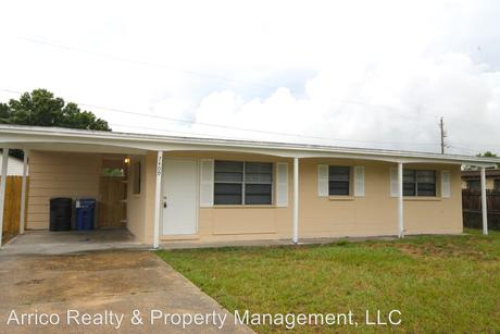 7409 Patrician Pl, Tampa, FL 33619