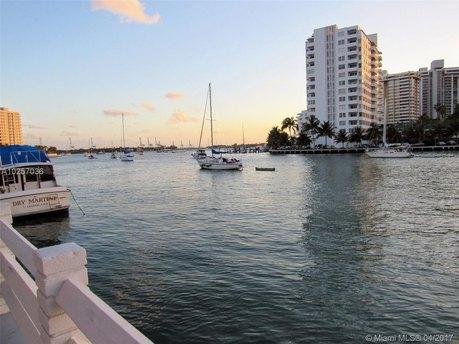 1622 Lincoln Ct, Miami Beach, FL 33139