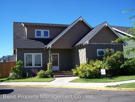 21357 Oakview Dr, Bend, OR 97701