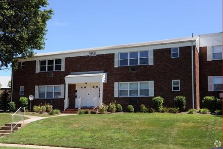 Pet Friendly Apartments Houses For Rent In East Brunswick Nj On