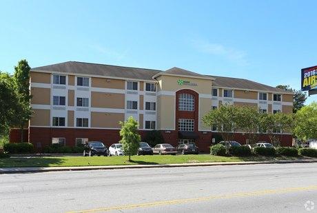 3967 Peachtree Rd NE, Atlanta, GA 30319