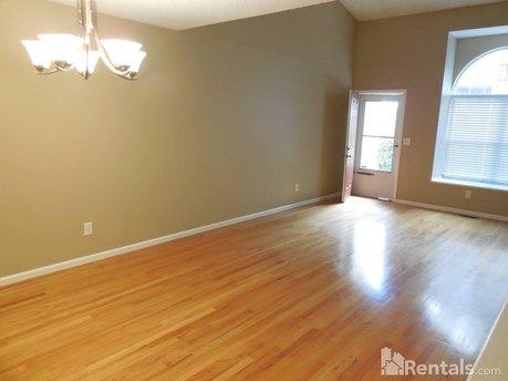 5720 W Asbury Pl Lakewood, CO 80227