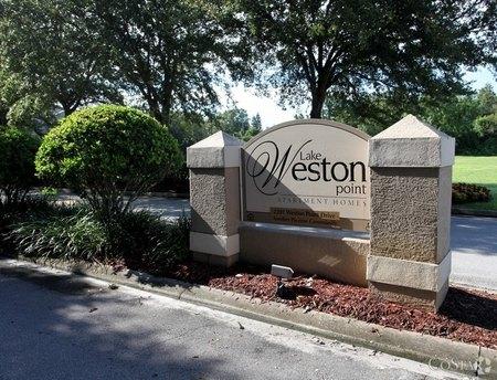 2201 Weston Point Dr Orlando, FL 32810