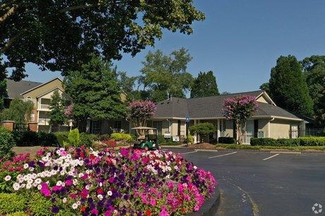 100 Lenox Park Cir NE, Atlanta, GA 30319