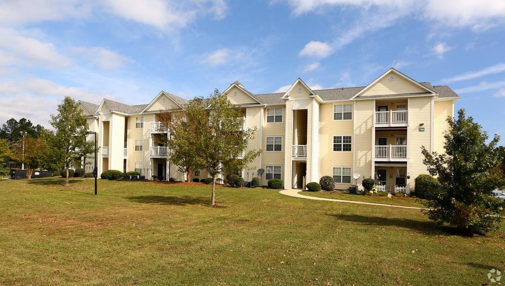 Palmetto Pointe Apartments | 1005 Alice Dr | Apartment for Rent