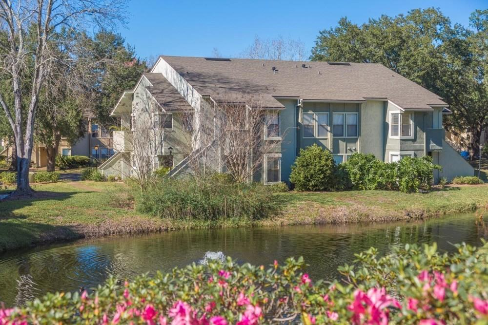 9803 Creekfront Rd, Jacksonville, FL 32256