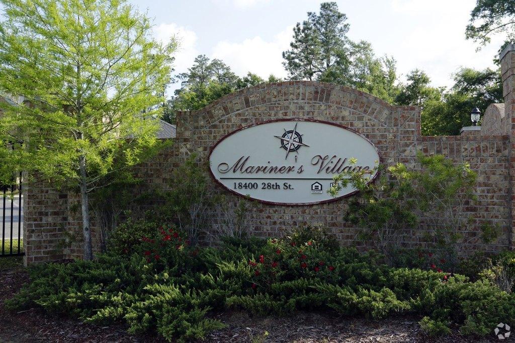 Mariners Village 18400 28th St Apartment For Rent Doorstepscom