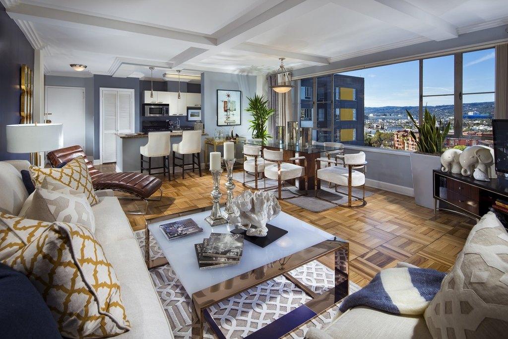 W Rd Street Los Angeles Ca  Apartments