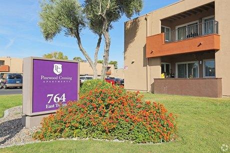 764 E Twain Ave, Las Vegas, NV 89169