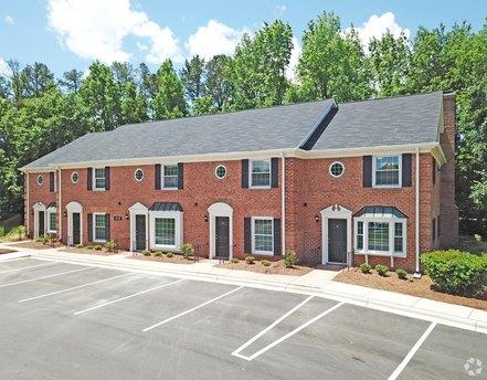 4051 Bannockburn Pl, Charlotte, NC 28211