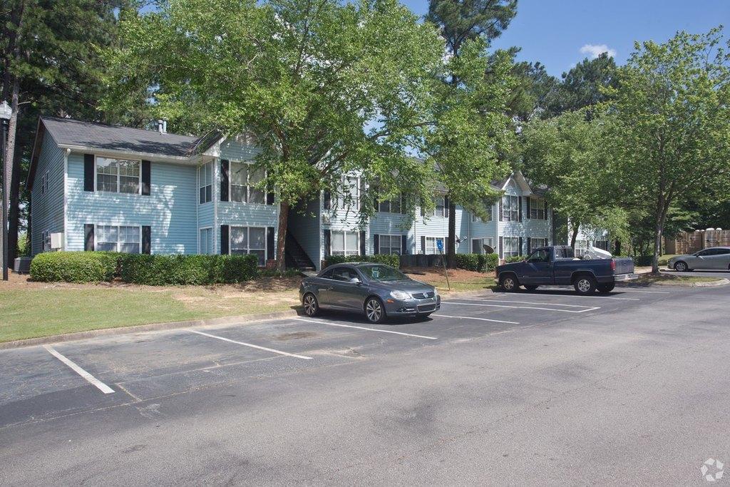 1081 Garden Walk Blvd, College Park, GA 30349