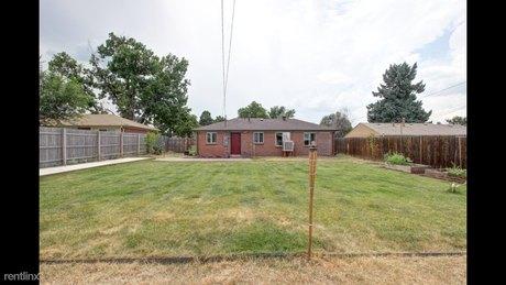 3648 N Jackson St Denver, CO 80205