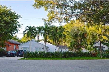4011 Hardie Ave Miami, FL 33133