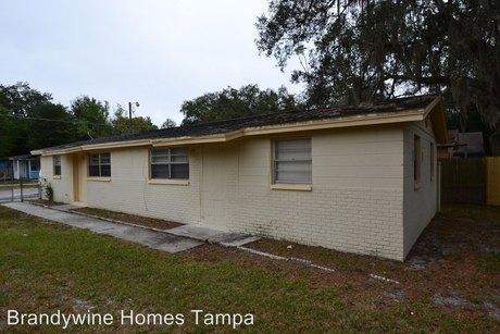 10112 N Lantana Ave, Tampa, FL 33612