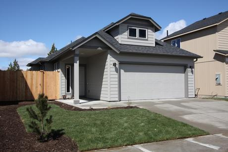 21246 Thornhill Ln, Bend, OR 97701