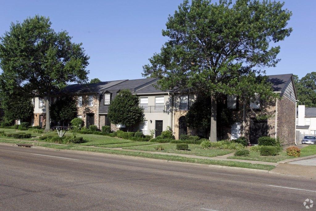 3315 Hickory Hill Rd, Memphis, TN 38115