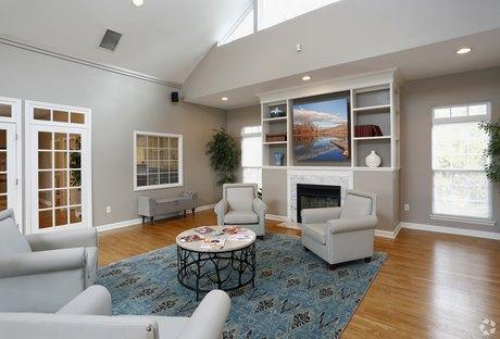 Stupendous Hillsborough Nc Apartments Houses For Rent 10 Listings Download Free Architecture Designs Lectubocepmadebymaigaardcom