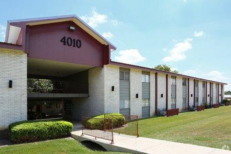 4011 Sherril Brook Rd San Antonio, TX 78228