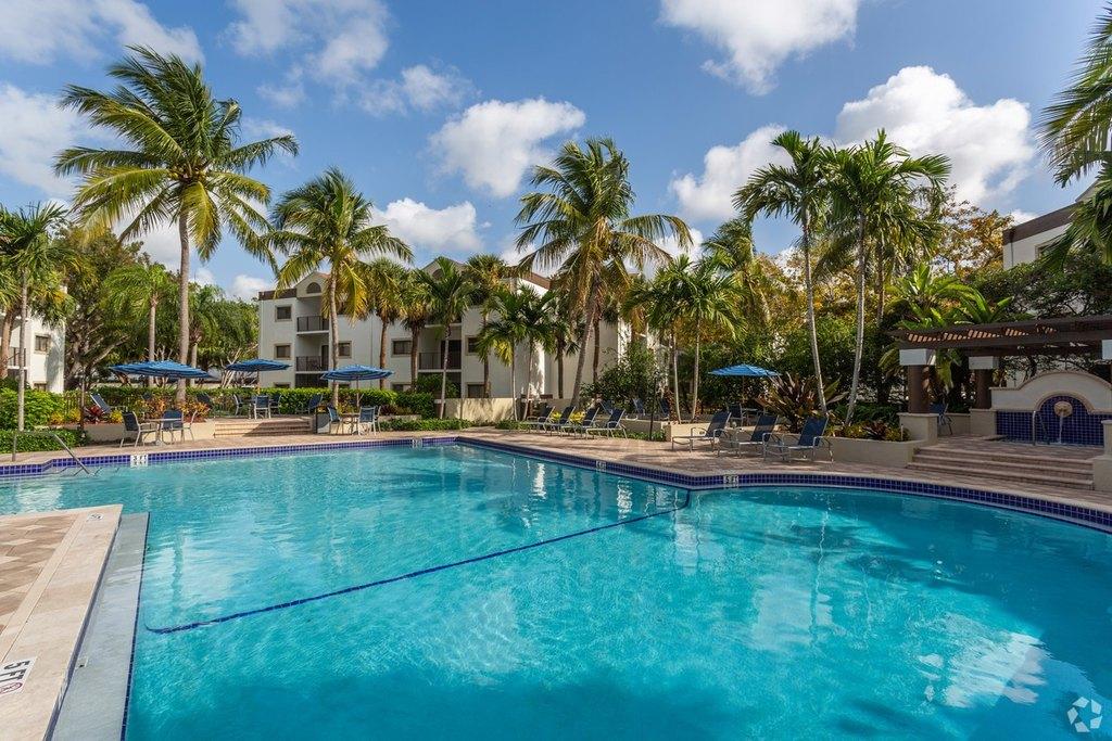 Emerald Palms Apartment 12325 Sw 151st St For Rent Doorsteps