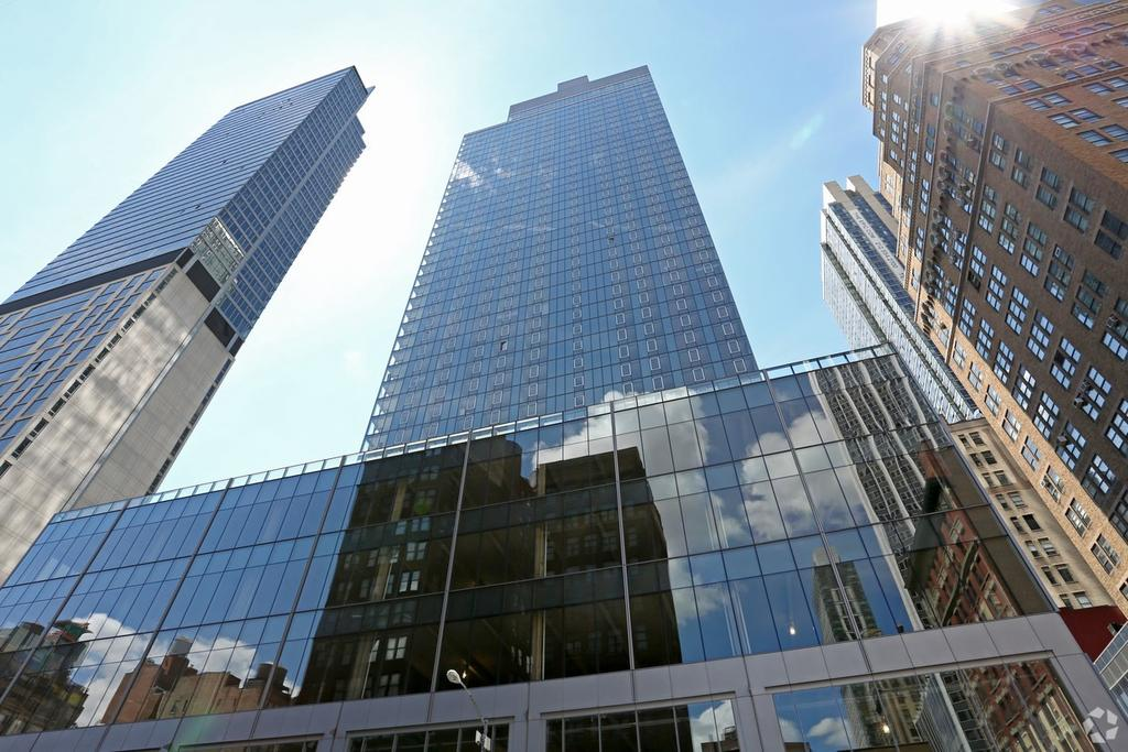 Eos 100 W 31st St Apartment For Rent Doorsteps Com