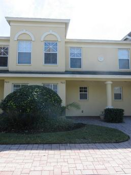 9612 Charlesberg Dr Tampa, FL 33635