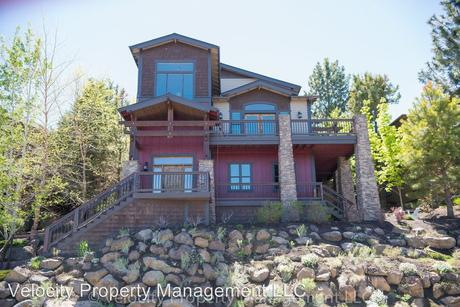 1255 NW Constellation Dr, Bend, OR 97703