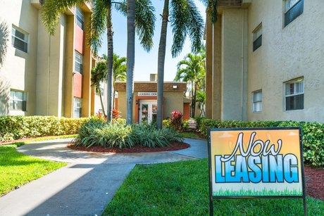17600 Nw 5th Ave Miami, FL 33169