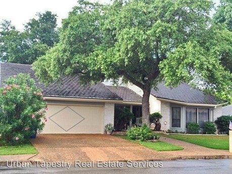 10707 Pinehurst Dr Austin, TX 78747